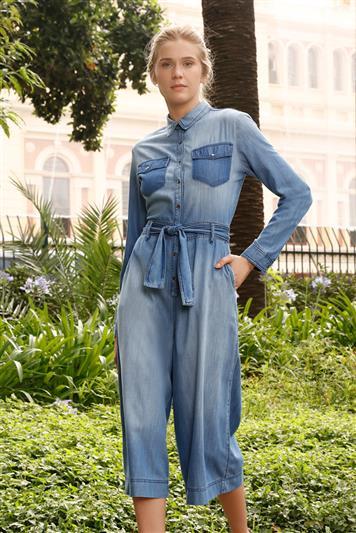 d9da81944 Macacao Jeans Pantacourt | Feminino - Feminino | FORUM