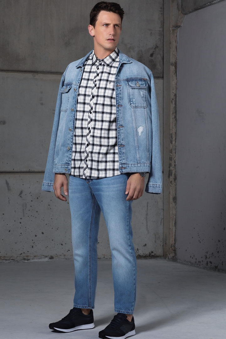 adb3229eee7 Jaqueta Jeans Manga Longa Bolso Duplo