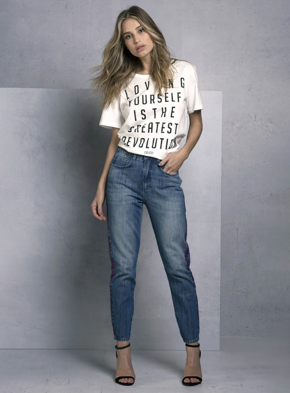 3c68fa47a Camiseta Estampada Revolution | Colcci