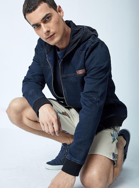 bf6ec07b98 Jaqueta Jeans Com Capuz